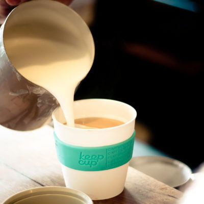 Why I Opt For Re-Usable Cups When Visiting Coffee Shops