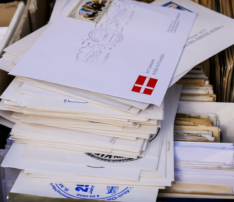 9 Reasons Why Business Owners Should Still Use Snail Mail
