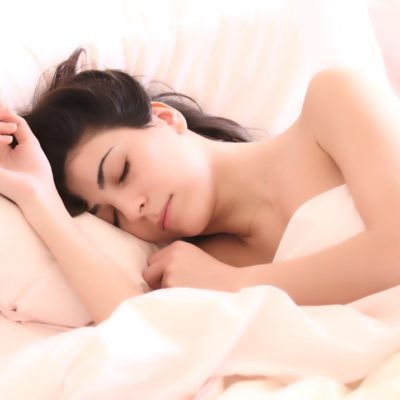 Reasons For And Against Sleeping Naked