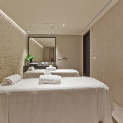 Choosing the Right Cosmetic Lasers for Your Spa