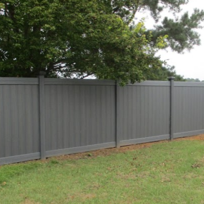 What Is the Best Paint Color for a Fence?