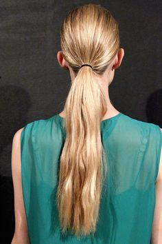 How to Keep Your Hair Healthy After the Age Of 30