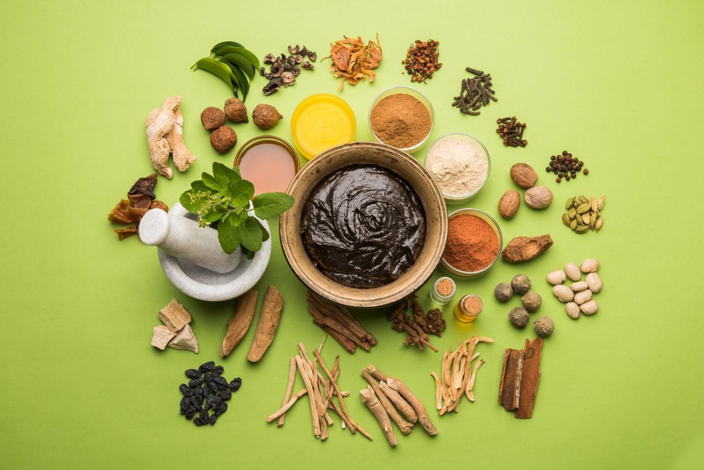 https://blog.ijugaad.com/file/2018/08/chyawanprash-ayurvedic-supplement-healthy.jpg