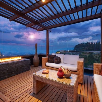 How You Can Improve Your Home's Deck