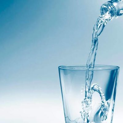 5 Reasons You Should be Drinking more Water