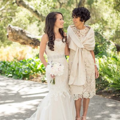 4 tips for choosing the perfect Mother of the Bride dress