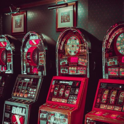 Extravagant Traditional Casinos Vs. Modern Online Experience