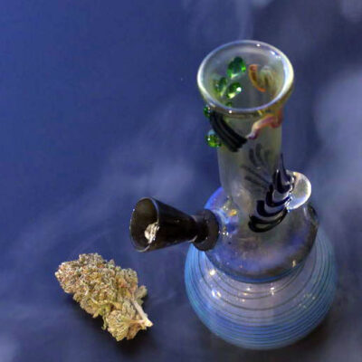 What do you mean by Bongs?