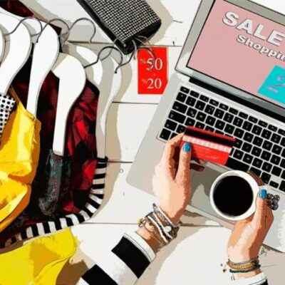 The role of e-commerce in fashion and apparel